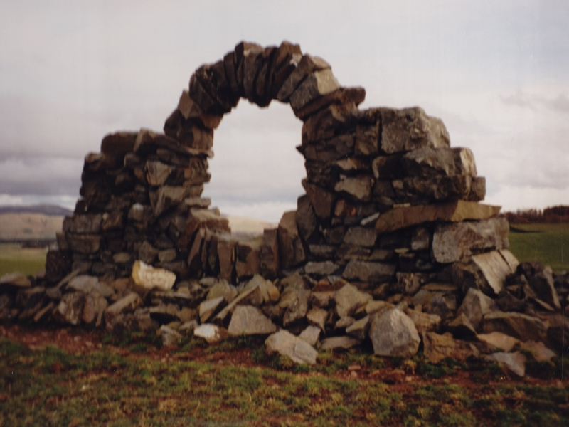 Andy_Goldsworthy_Touch_Stone_North z_800x600 (6BV)